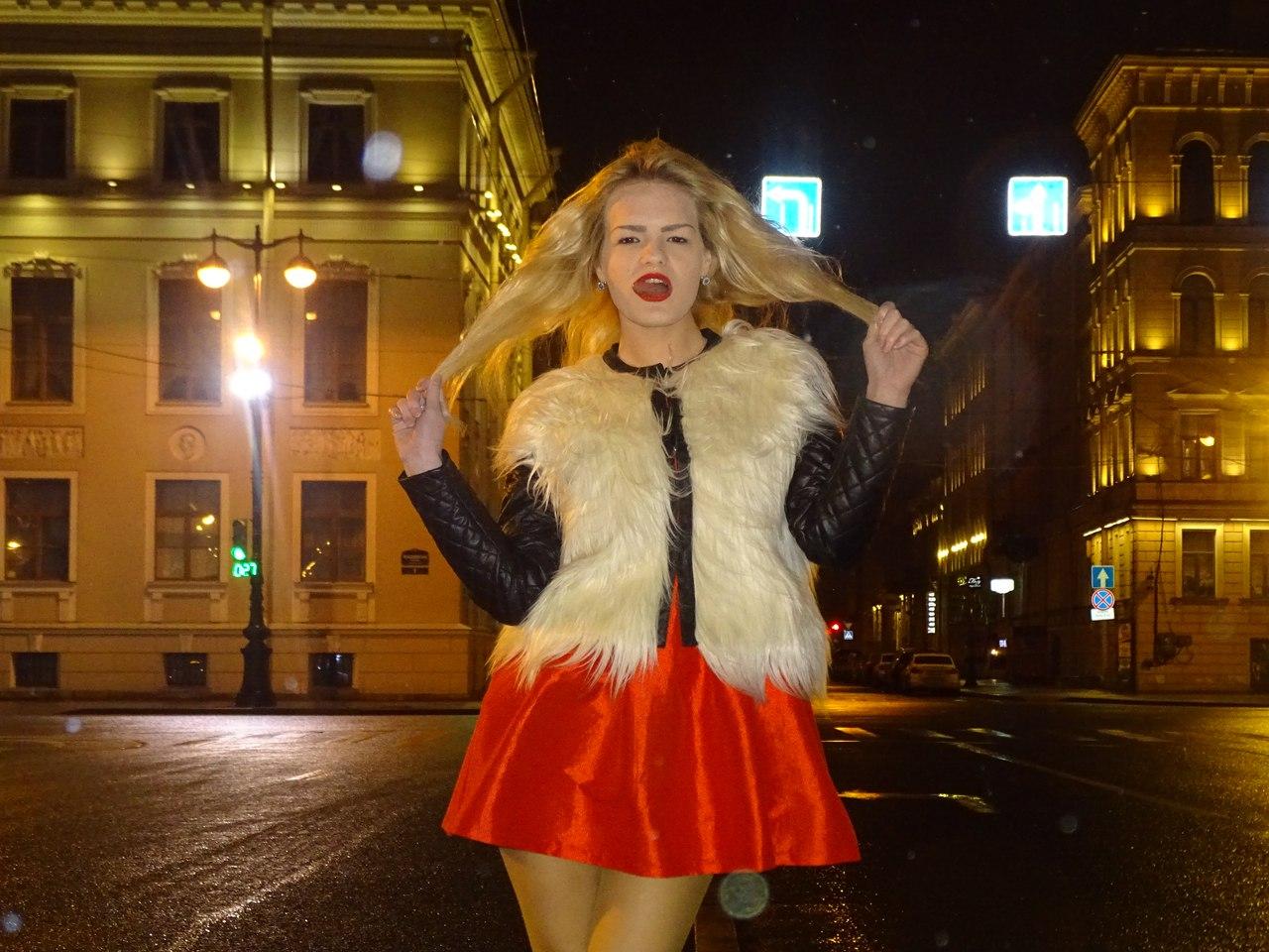 На Росії 17-річну модель вбила сестра, яка нанесла їй 140 ножових поранень (ФОТО 18+) - фото 1