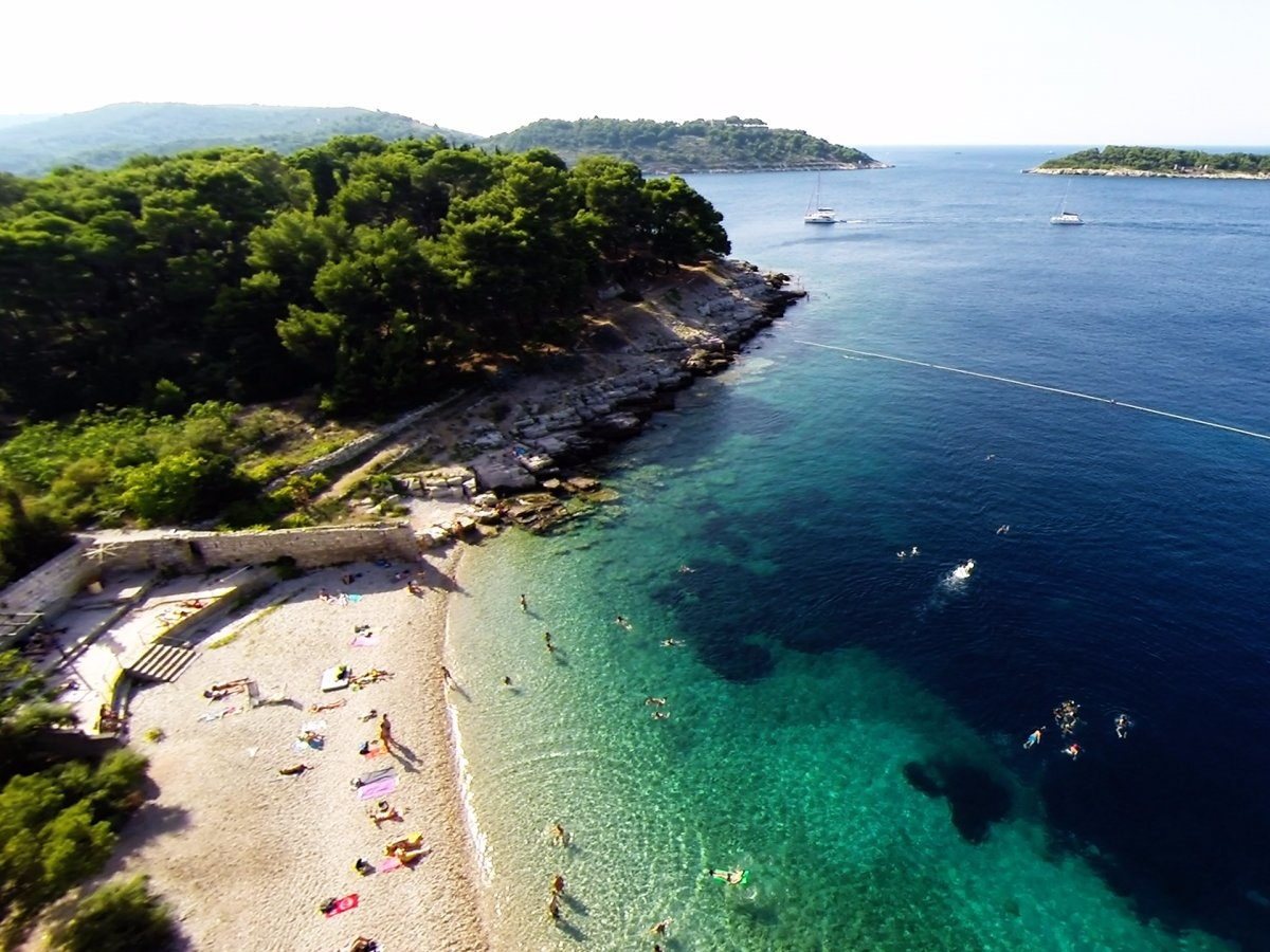ТОП-11 кращих пляжів Європи для літнього відпочинку - фото 8