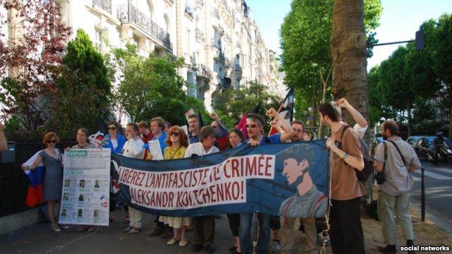 У Парижі освистали російських дипломатів (ФОТО) - фото 1