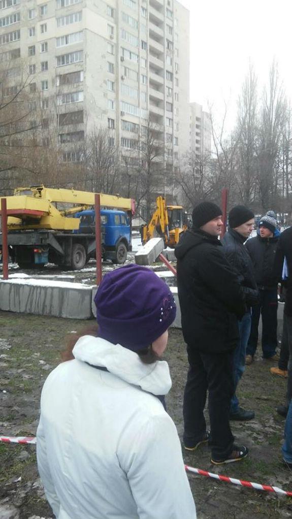 Кияни оголосили війну черговому будівництву під прикриттям депутата Кличка - фото 2