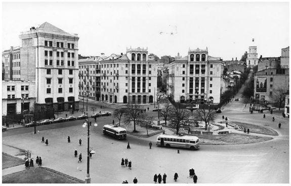 Кияни показали, як кілька десятиліть тому виглядав громадський транспорт столиці - фото 3