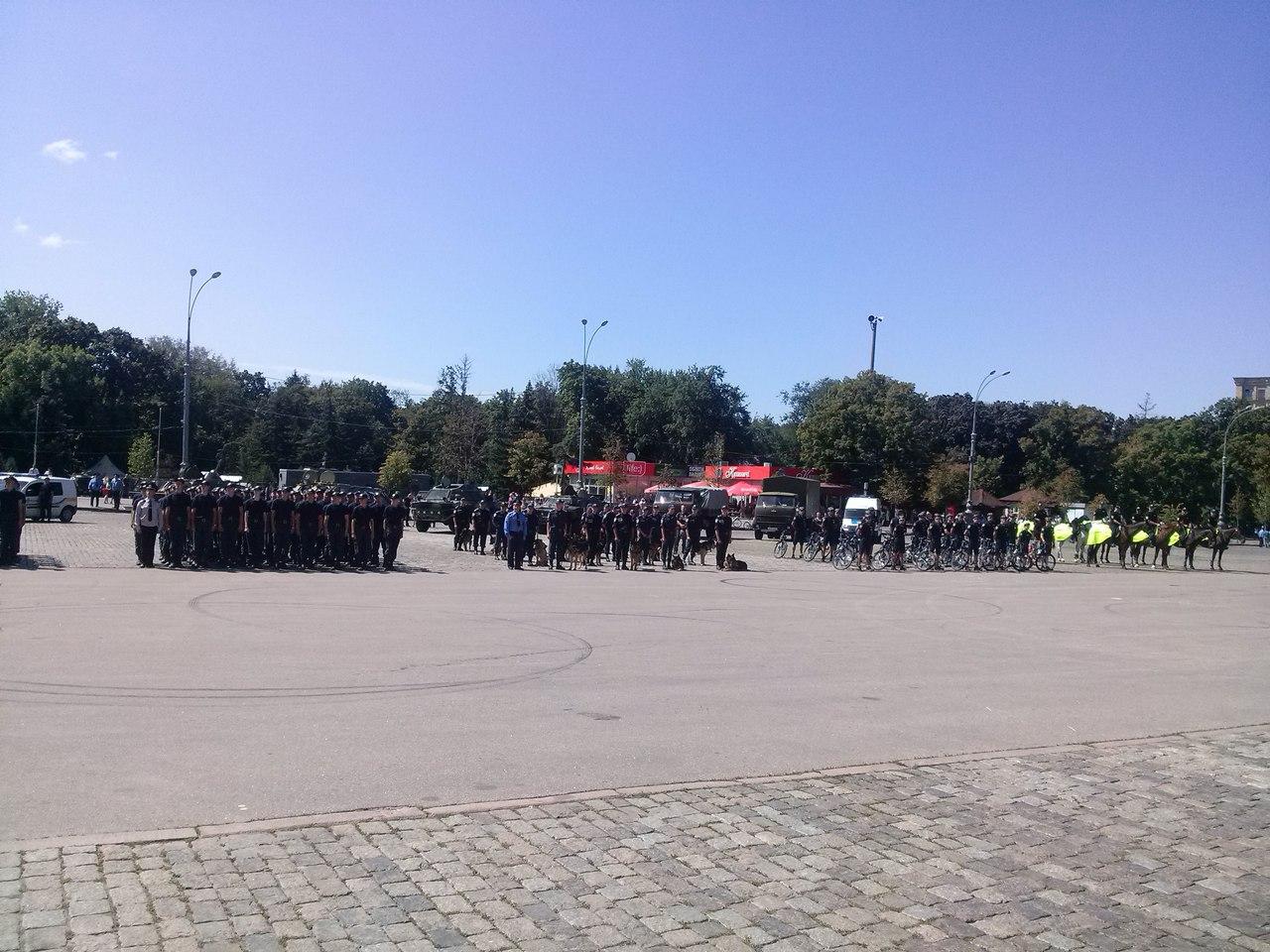 Як у Харкові святкують річницю Національної поліції  - фото 4