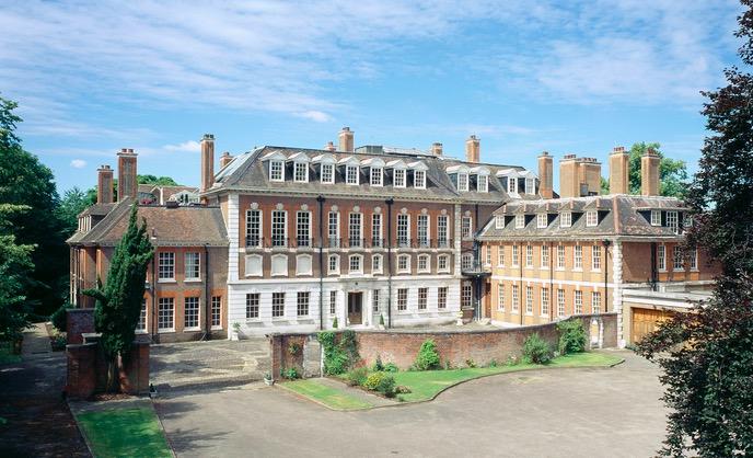 Російський сенатор купив найбільший особняк у Лондоні (ФОТО) - фото 1