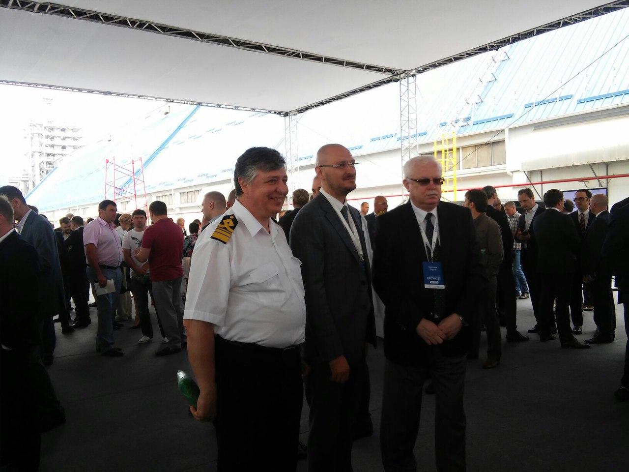 У Миколаївському морпорту з хвилини на хвилину чекають на Порошенка - фото 1