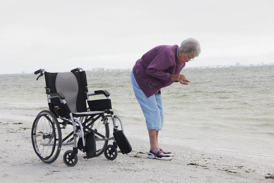 Як 90-річна бабуся, хвора на рак, обрала шалену подорож замість лікування - фото 7