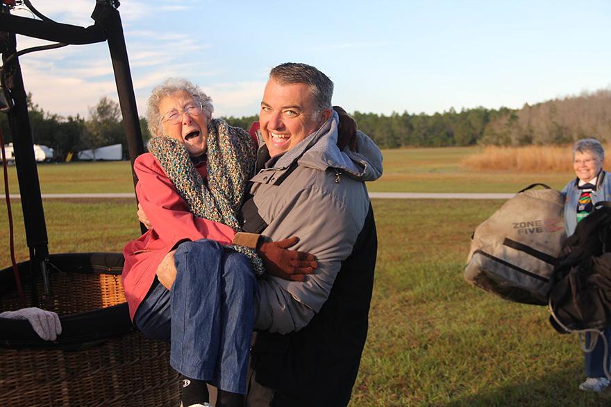 Як 90-річна бабуся, хвора на рак, обрала шалену подорож замість лікування - фото 6