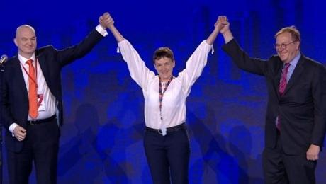Як Савченко яскраво дебютувала на саміті НАТО - фото 1
