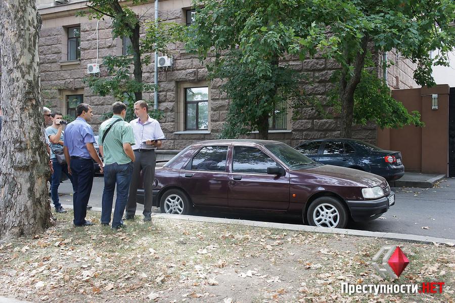 """У Миколаєві """"погорів"""" на хабарі дільничний Центрального відділу поліції - фото 1"""