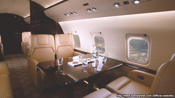 Журналісти показали, якими літаками літають депутати - фото 2