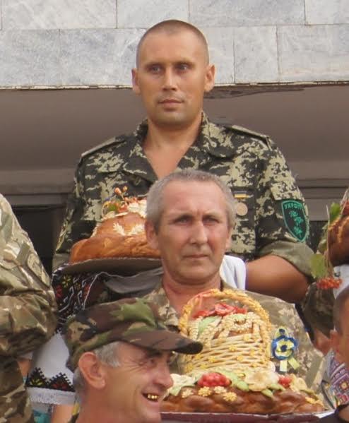 На Миколаївщині провели парад короваїв, які відправили бійцям на передову - фото 4