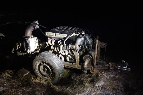 Житомирських старателів затримали під час незаконного видобутку бурштину - фото 3