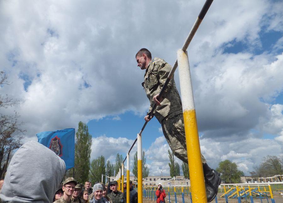 Миколаївських учнів тренуватимуть десантники-АТОшники