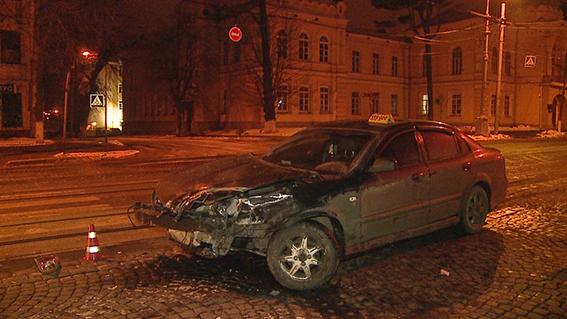 У центрі Вінниці загинув водій  - фото 2