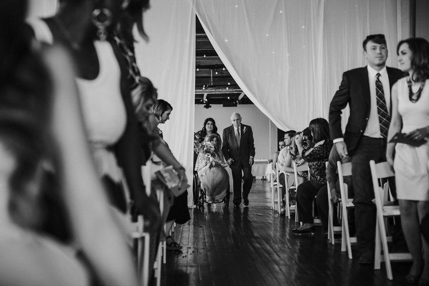 Як паралізована наречена приголомшила коханого на весіллі  - фото 1