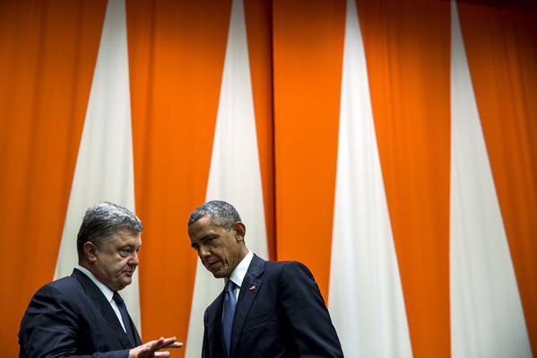 Порошенко та Обама знайшли можливість поспілкуватися наодинці - фото 2