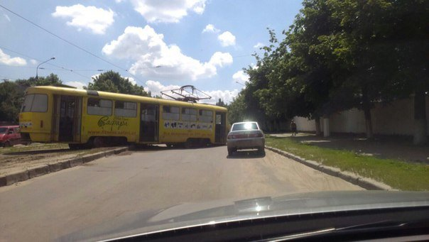 У Харкові черговий трамвай не втримався на рейках - фото 2