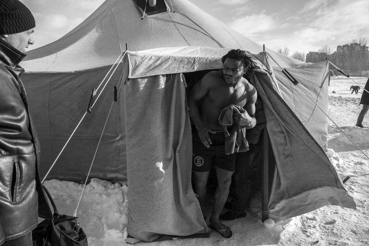 Як боєць з Камеруну і гроза путінолюбів тренується у Черкасах - фото 1