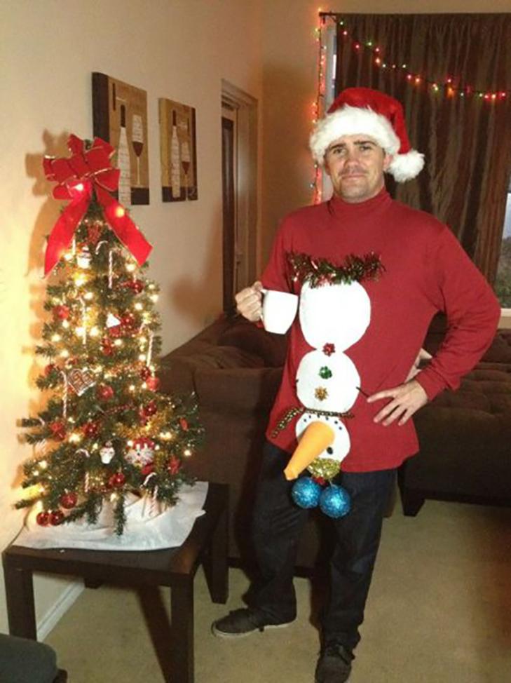 ТОП ідіотських новорічних костюмів - фото 20