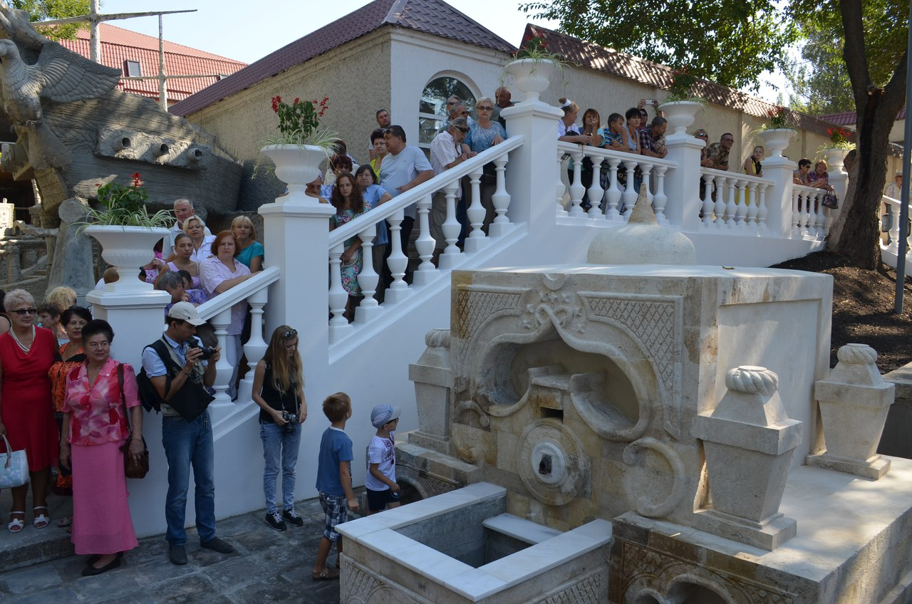 У Миколаєві знов забило містичне Спаське джерело