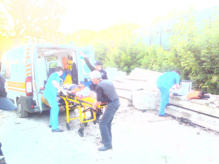 Харківська поліція оприлюднила деталі невдалої спроби самогубства юнака під потягом - фото 1