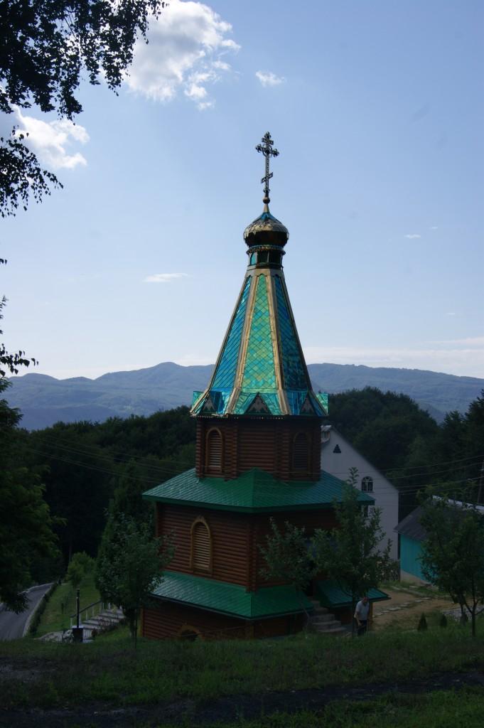Зелені свята: Подорожуємо святими місцями Закарпаття - фото 6