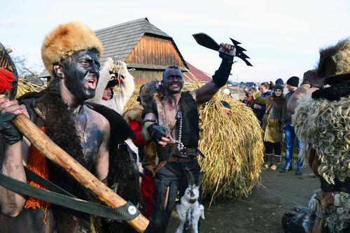 """Як колись """"доїли"""" голову колгоспу та інші цікавинки святкування Щедрого Вечора на Вінниччині - фото 2"""