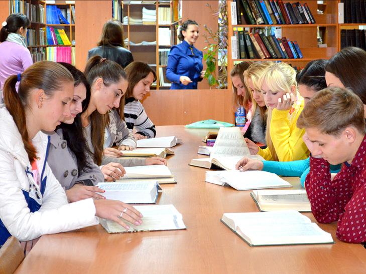 """Чи варто Мінфіну """"різати"""" українських студентів - фото 5"""