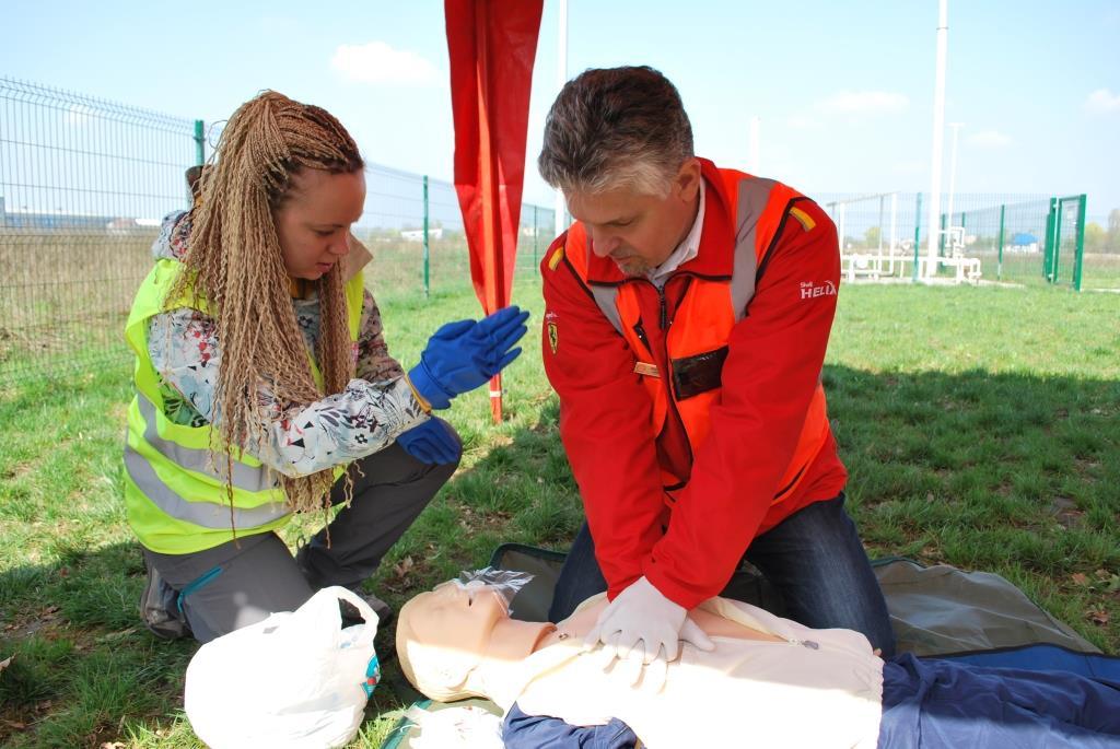 День безпеки на АЗС SHELL: Знання, що рятують життя - фото 2