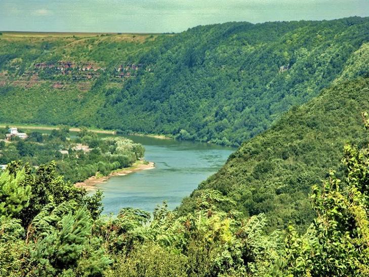 ТОП-5 каньонів України, від яких захоплює дух - фото 1