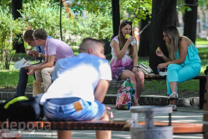 15 фотографій про те, що Київ неможливий без вуличної їжі - фото 10