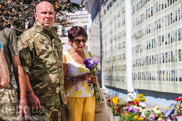 Як бійці добробатів поминали побратимів, загиблих під Іловайськом - фото 16