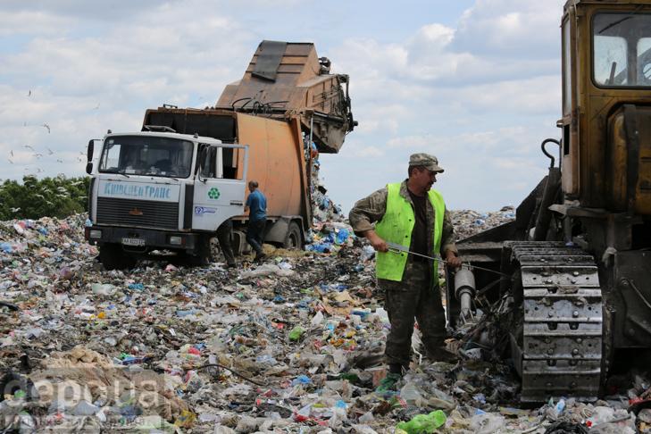 Табір йде… у Підгірці: як роми захопили головне сміттєзвалище Києва - фото 9