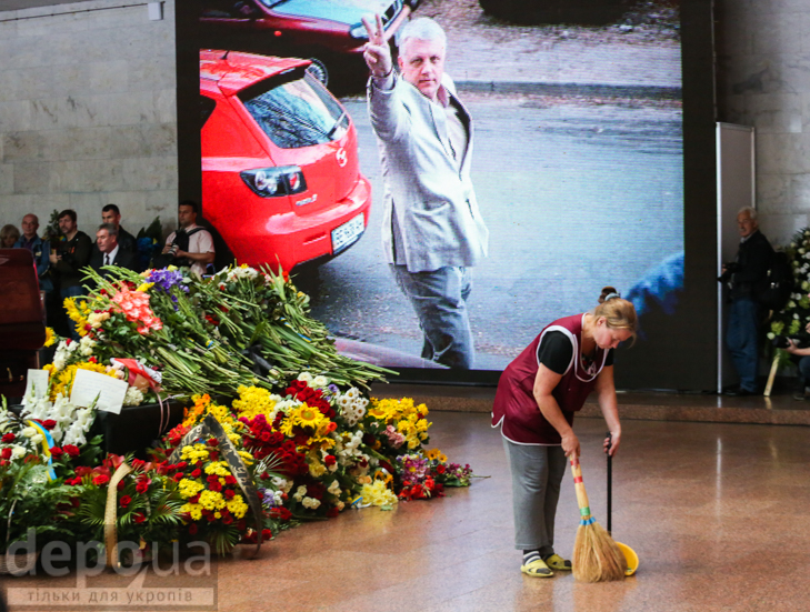 Як Україна прощалась з Павлом Шереметом (ФОТОРЕПОРТАЖ) - фото 31