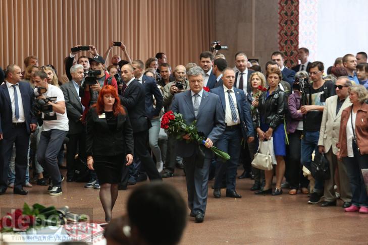 Як Україна прощалась з Павлом Шереметом (ФОТОРЕПОРТАЖ) - фото 27