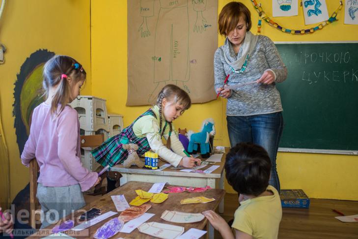 """Без оцінок і підручників: Як столичні діти здобувають освіту на """"Дослідах"""" і """"Теревенях"""" - фото 4"""