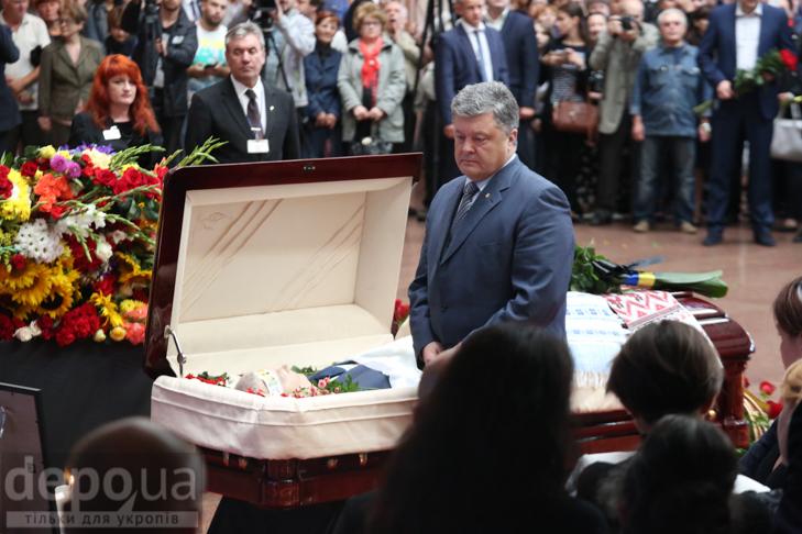Як Україна прощалась з Павлом Шереметом (ФОТОРЕПОРТАЖ) - фото 28