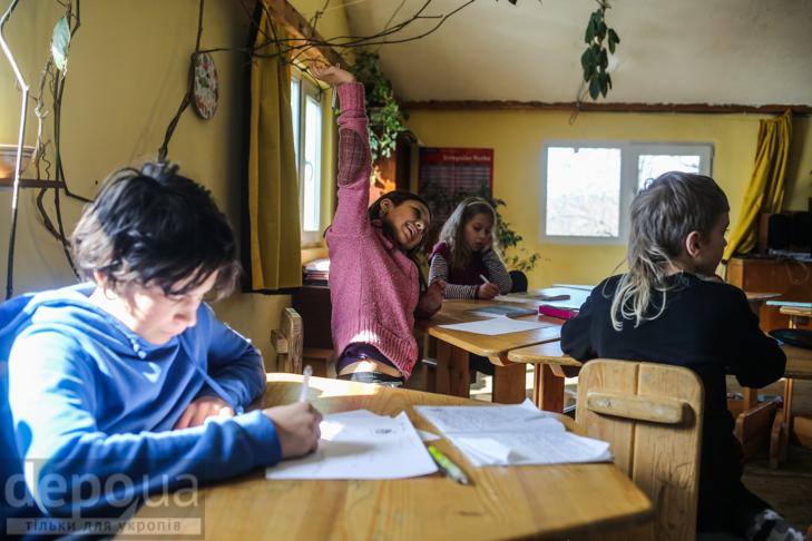"""Без оцінок і підручників: Як столичні діти здобувають освіту на """"Дослідах"""" і """"Теревенях"""" - фото 11"""