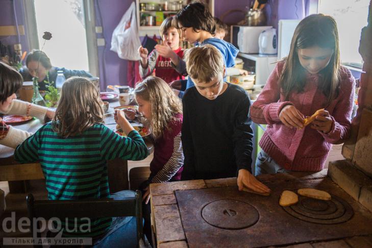"""Без оцінок і підручників: Як столичні діти здобувають освіту на """"Дослідах"""" і """"Теревенях"""" - фото 19"""