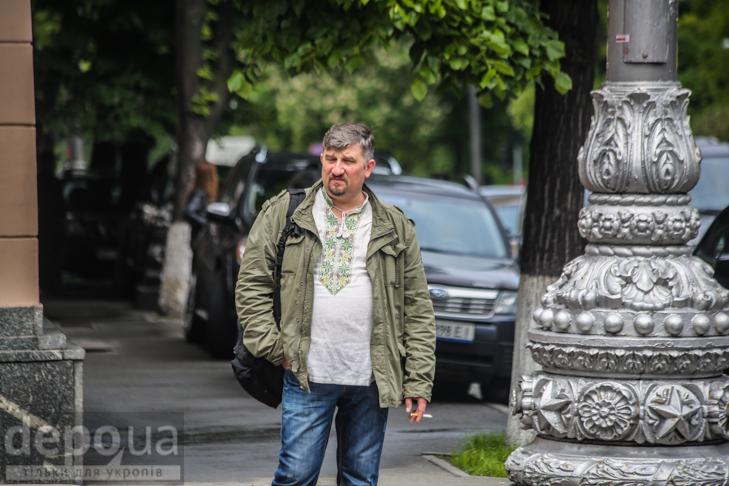 Код нації: Київ вдягнувся у вишиванки - фото 8