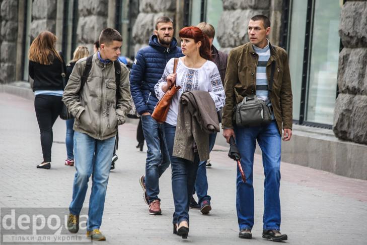 Код нації: Київ вдягнувся у вишиванки - фото 11