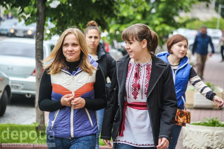 Код нації: Київ вдягнувся у вишиванки - фото 13