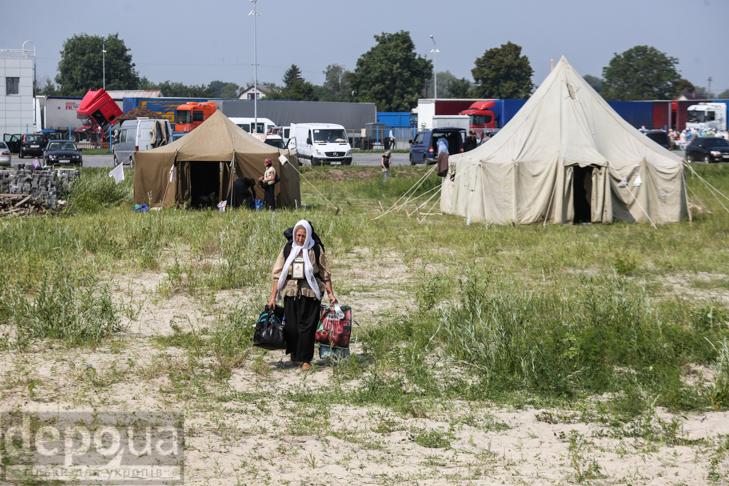 Як відпочивали під Борисполем учасники Хресної ходи - фото 27