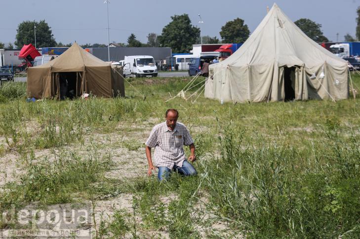 Як відпочивали під Борисполем учасники Хресної ходи - фото 16