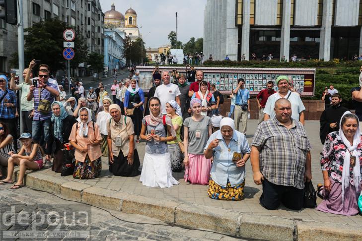 Як УПЦ МП хрестило Русь на Володимирській гірці - фото 9