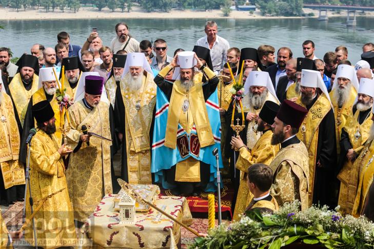 Як УПЦ МП хрестило Русь на Володимирській гірці - фото 25