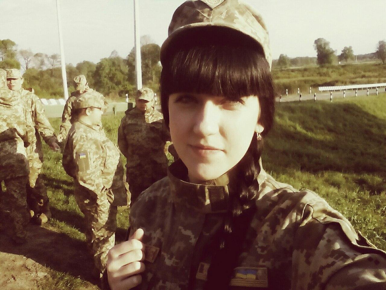 Краса рятує Україну: ТОП-11 красунь-бійців АТО - фото 10