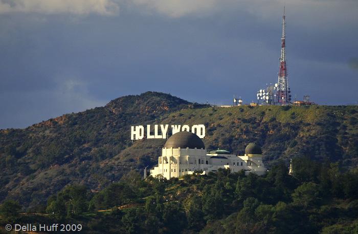 Шалені гроші і доленосні історії: Як змінювалась вивіска Hollywood впродовж століття - фото 9