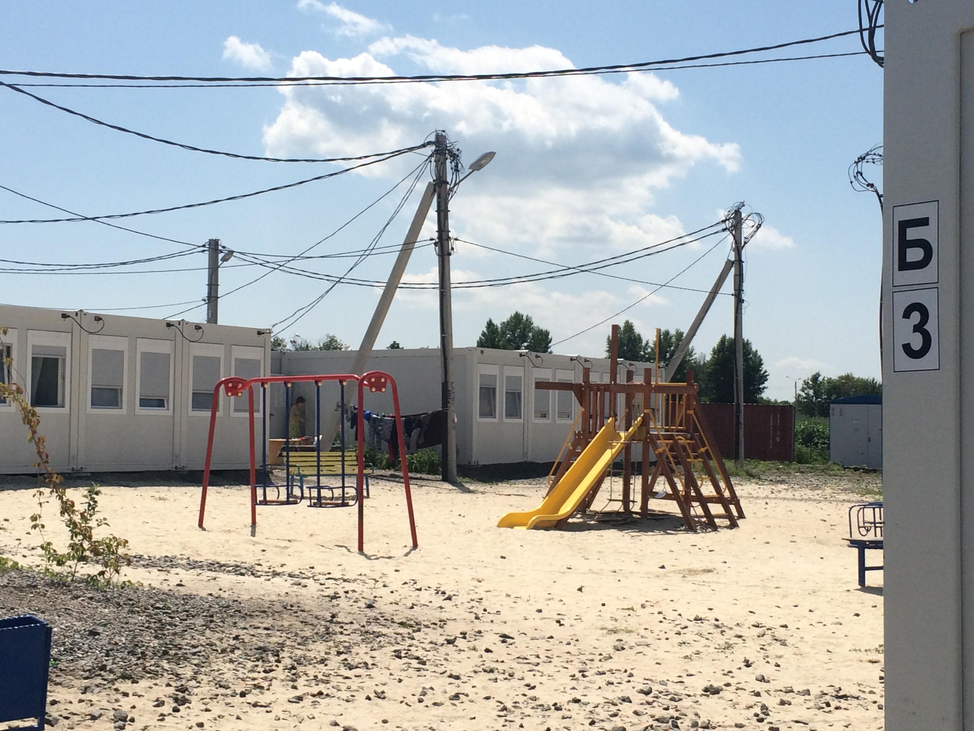 Платити втридорога: як у харківському модульному містечку переселенці з Донбасу переживають підвищення тарифів - фото 5
