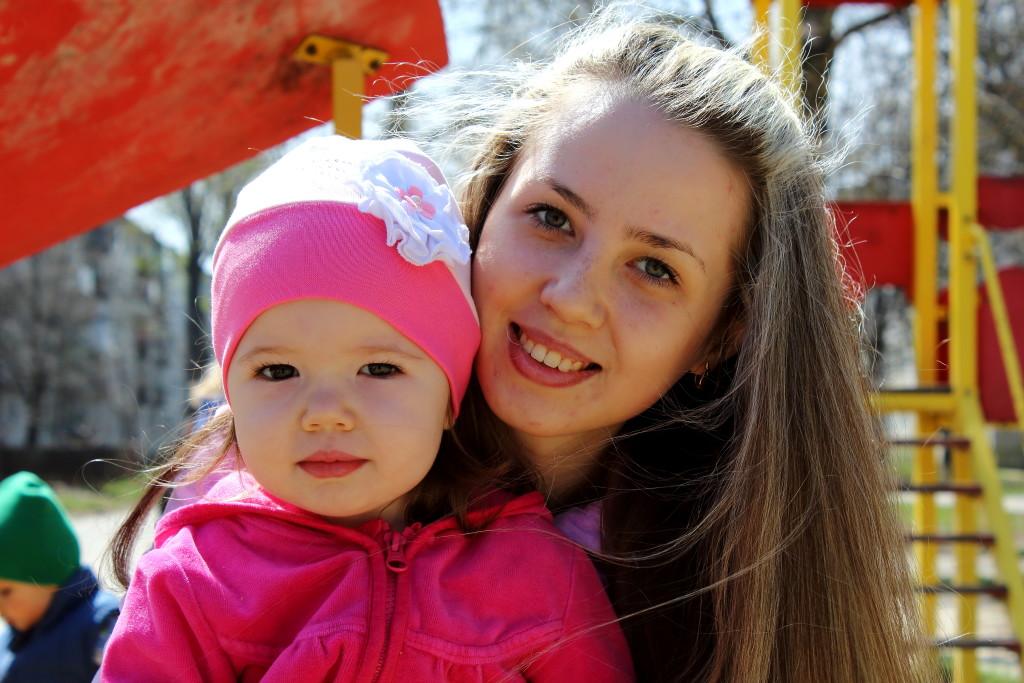Вудочка для мами: як волонтери допомагають матерям-одиначкам налагодити життя - фото 10