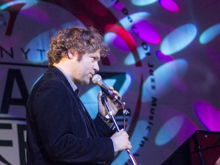 У Вінниці американський джазмен грав на саксофоні і співав одночасно  - фото 1
